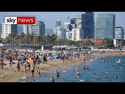 Coronavirus: Barcelona Beaches Packed Despite COVID-19 Spike