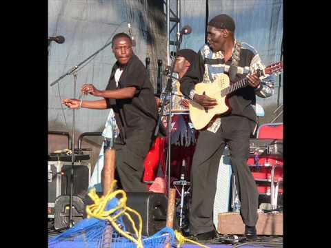 Oliver Mtukudzi-   Rurimi