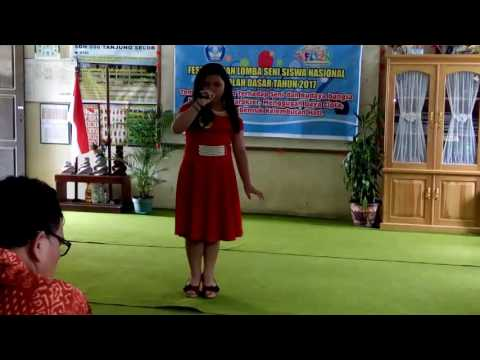 """Juara 1 FLS2N Sekecamatan Tanjung Selor """"lagu Andai Aku Tlah Dewasa"""""""