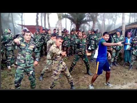 সেনাবাহিনীর সদস্যদের নাচ সিনেমার নায়কদেরও হার মানায়! | Bum Chiki Chikni Chiki -Must See