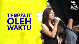 Danilla - Terpaut Oleh Waktu At Together Whatever Sessions(HD Quality)