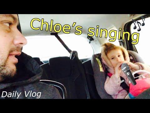 Chloe's singing 🎤 #stevesfamilyvlogs #dailyvlog