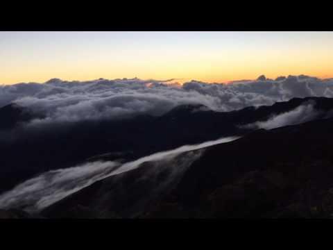 Haleakalā Sunrise #hyperlapse