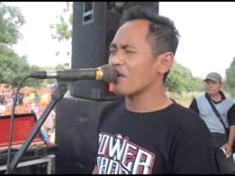 Kanggo Riko Voc.Wiwik Sagita MONATA Live Pantenan Gresik 2015 By@udinUDF