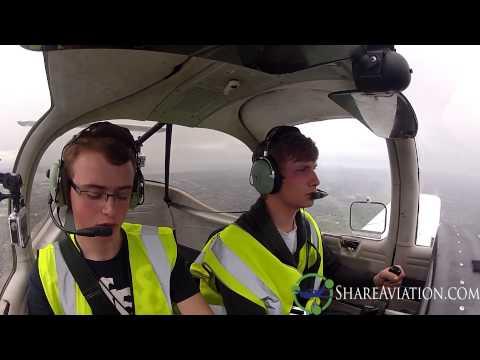 PA38 ✈ Liverpool John Lennon to Barton Aerodrome (Landing in heavy rain)  ✈ Kristen and Jordan ✈