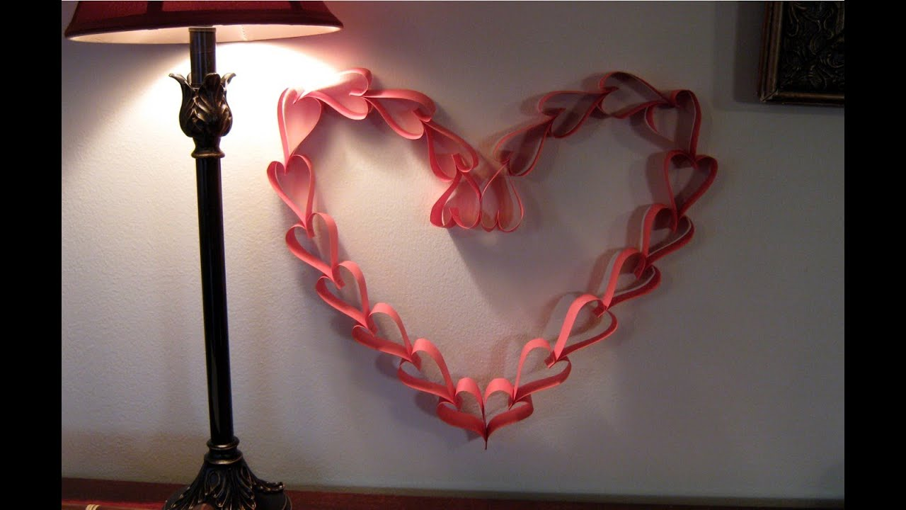 Wall Decoration With Paper Hearts : Valentines day paper heart wreath decoration