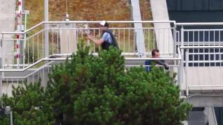 [News] Schießerei in München -  Polizei betritt Einkaufszentrum ( Aktuell 9 tote )