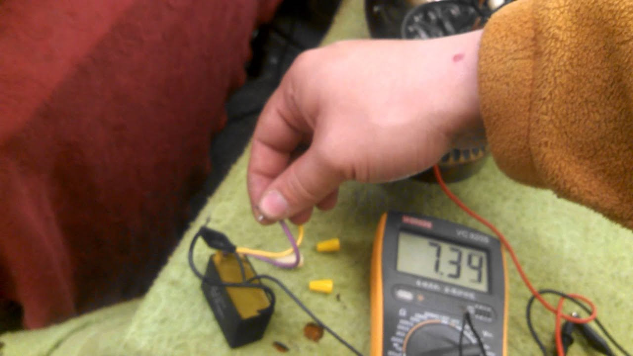 replacing the capacitor in an evergo emperor roma ceiling fan motor part i testing the old cap [ 1280 x 720 Pixel ]