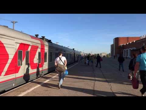Прибытие пассажирского поезда на станцию Балаково