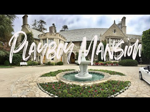 Crystal Hefner // Tour of the Playboy Mansion Master Bedroom