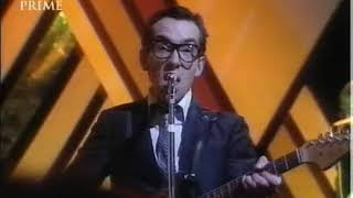 Elvis Costello Watching The Detectives Live Top of the pops dec 1977