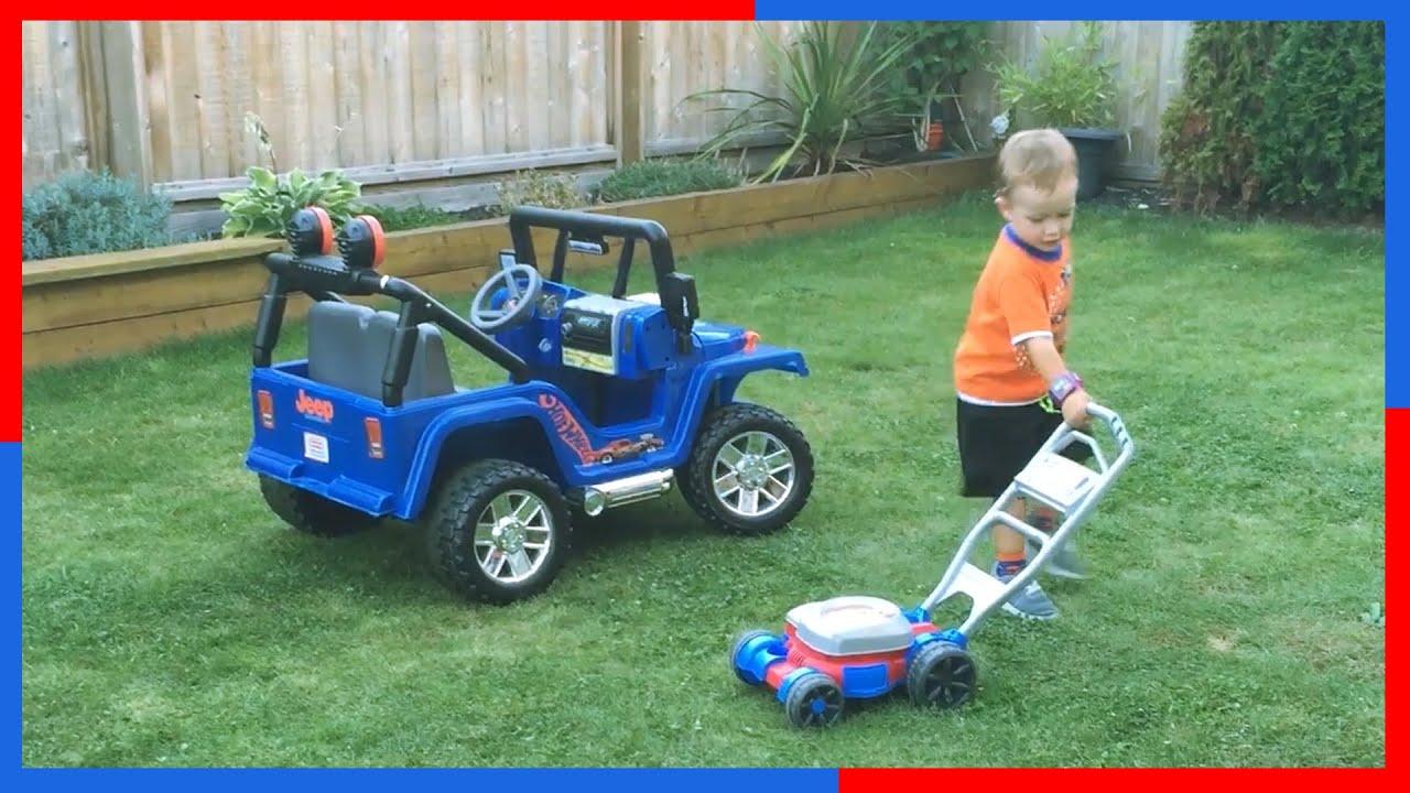 power weels blue jeep wrangler bubble toy lawn mower kids