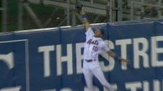 2006 NLCS Game 7: Endy Chavez makes a spectacular catch