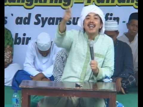 Pengajian KHR. Kholil As'ad Syamsul Arifin Pengasuh Ponpes Wali Songo Situbondo