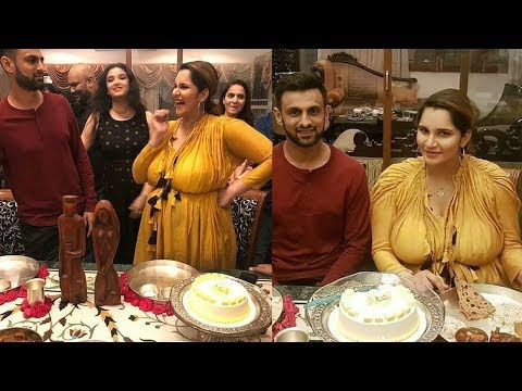 Sania Mirza and Shoaib Malik Celebrating Baby Shower together with their family 😍