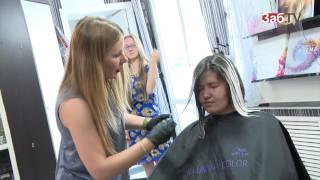 Выпускницам из районов края бесплатно нарастили ресницы и покрасили волосы