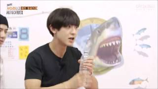 Chanyeol drink full water bottle in 3 seconds ?!!! 찬열 3 초에 물 한 병을 마셨다 ?!!