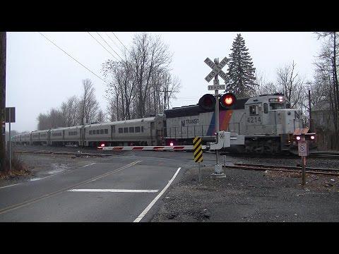 Last Video of 2015: Railfanning Chestnut Street, Allendale, NJ 12/30/2015