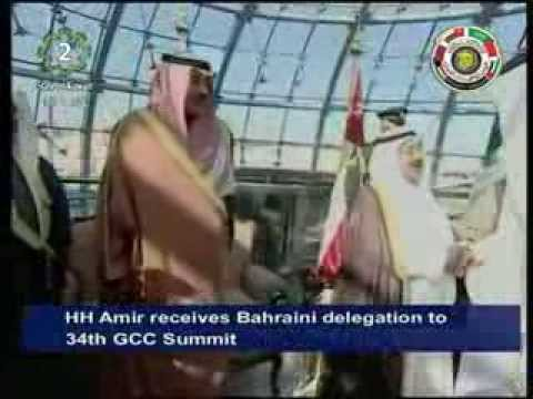 His Highness the Amir welcomes Qatari delegation attending 34th GCC Summit in Kuwait