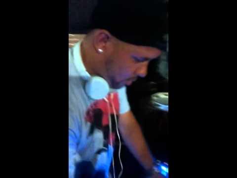 DJ DUDU O CARA NA CHOPERIA ZERO 1 EM NOVA IGUAÇU