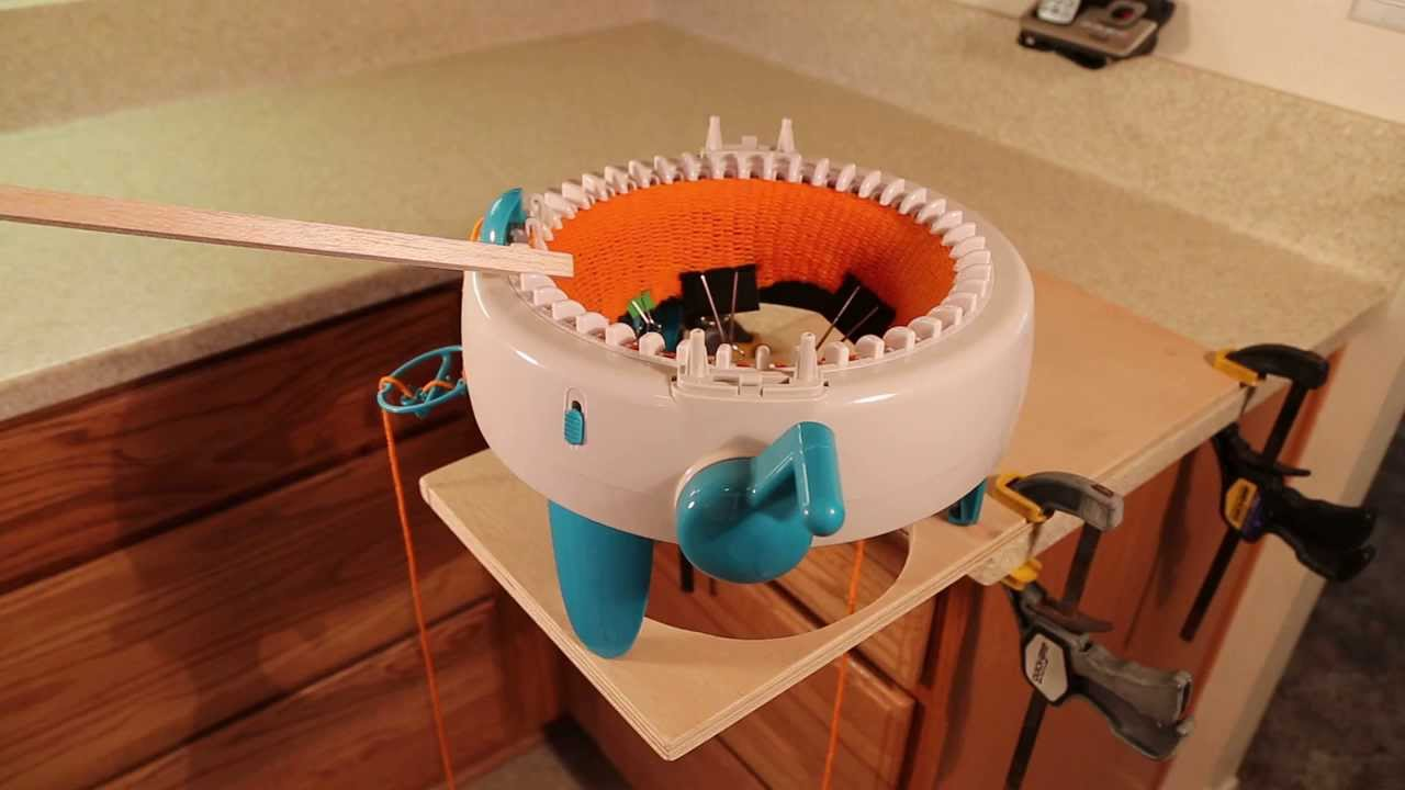 Innovations Knitting Machine Review Youtube