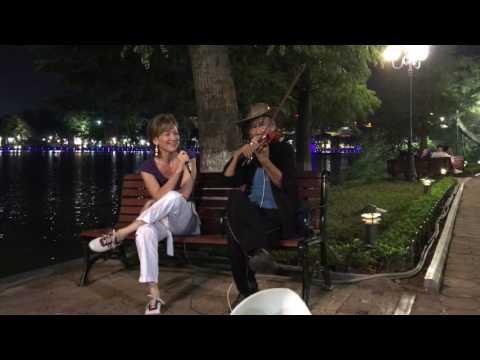 KATICA ILLÉNYI -  Street Music in Hanoi
