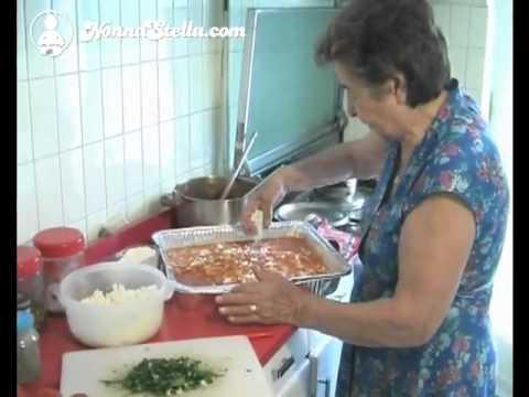 Pennoni pizzaiola lezione 1 cucina di nonna stella youtube for A cucina ra nonna