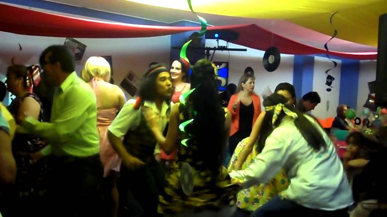 Producciones yenyere disco movil fiesta tematica a os 60 s for Decoracion 70 80