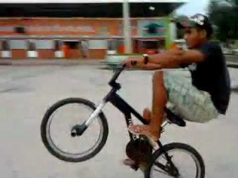 BMX STREET Oz MeCkZ vol.3 ( edit 2012 )bike manobras cross iradas em Pindaré-Mirim.MP4 Vídeos De Viagens
