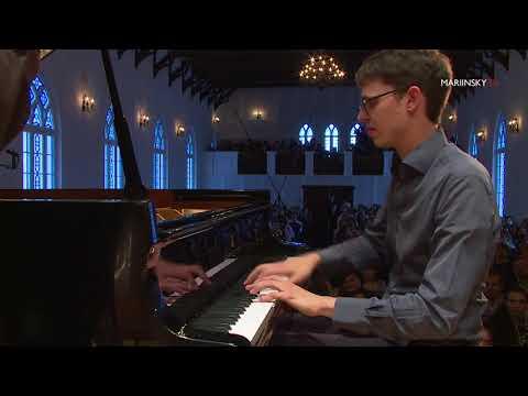 Lucas Debargue, Valery Gergiev. Mariinsky Orchestra. Ravel Piano Concerto no 1 in G Major