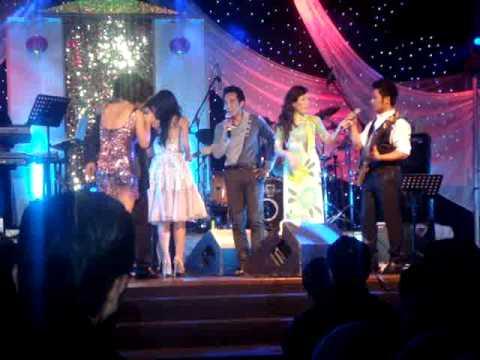 Bang Kieu, Quang Le, Quoc Khanh, Nguyen Hong Nhung, Mai Thien Van - Lau Lau Moi Nhau Mot Lan