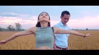 Video #LiveLifeUnexpected with AirAsia – Come With Me by EB Duet download MP3, 3GP, MP4, WEBM, AVI, FLV Juni 2018