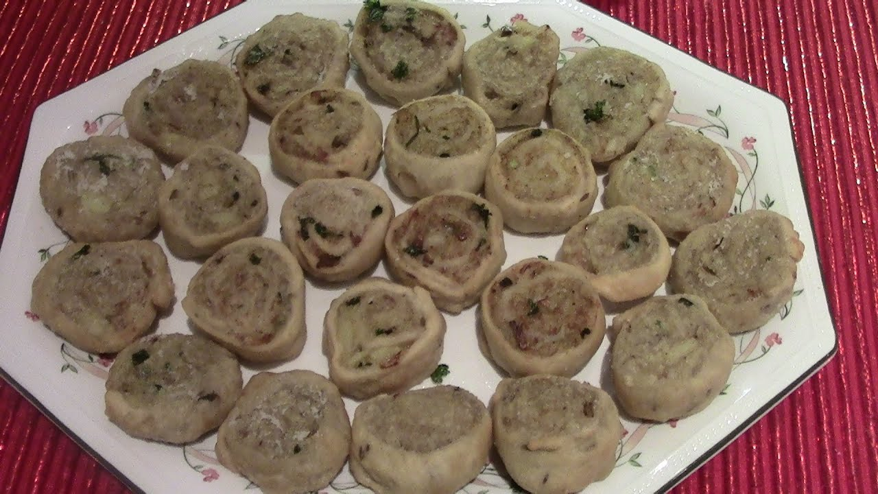 How to make a quick and easy vegetarian canape bhakarwadi for How to make a canape