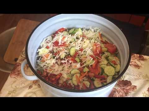 Миняева Юлия и Миняев Илья . проще не бывает !!!  овощной салат на зиму !!!