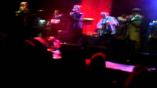 the pogues sunny side of the street the olympia dublin 08 12 10