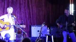 """Shawn Colvin with Steuart Smith """"Acadian Driftwood"""" Cayamo 2015"""