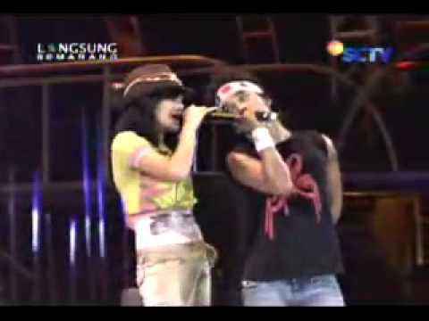Slank Feat Marshanda - Juwita Malam (Live Semarang)