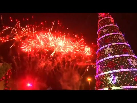 How Cities Across the World Are Getting in the Christmas Spirit Mp3