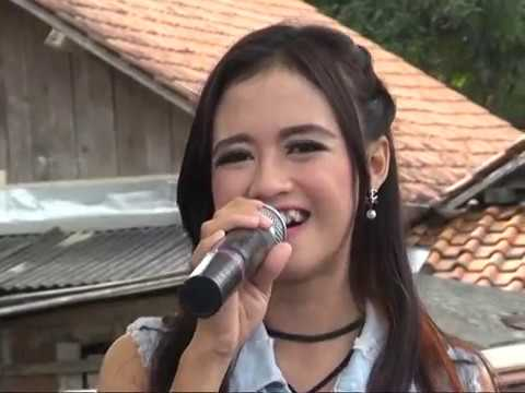 Dangdut Koplo LUNGSET by REFANI- NEW PUSPITA