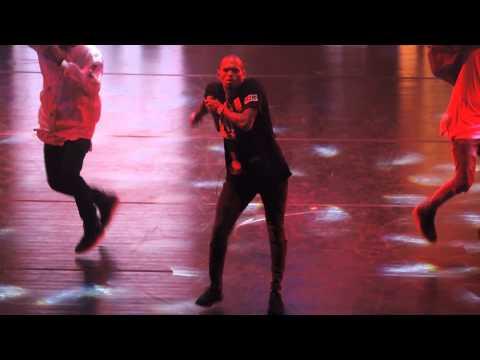 Chris Brown - Ayo / Loyal (Live at Nikon at Jones Beach Theater) 8/30/15