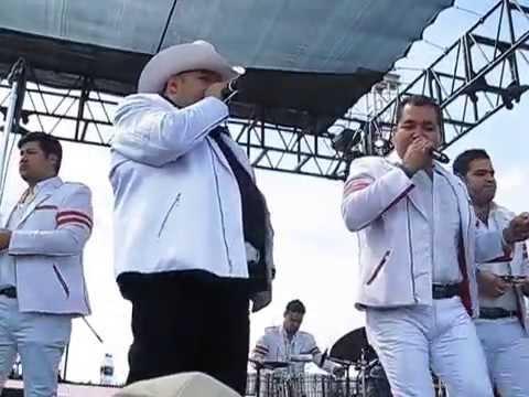 El CoyoteY Su Banda ****** La Mucura