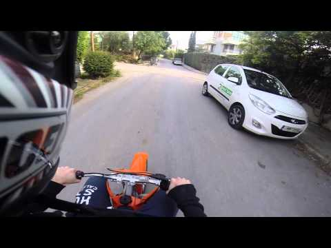 KTM 50sx on road!!! pure acceleration...