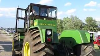 Hear it ROAR Part 2 The Mighty John Deere 8020 with Detroit Diesel power clears its throat