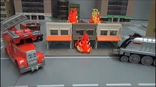 Thomas and Friends Train fire turn off! Fire truck toys play