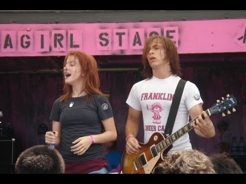 PARAMORE WARPED TOUR 2005 (FULL PERFORMANCE)