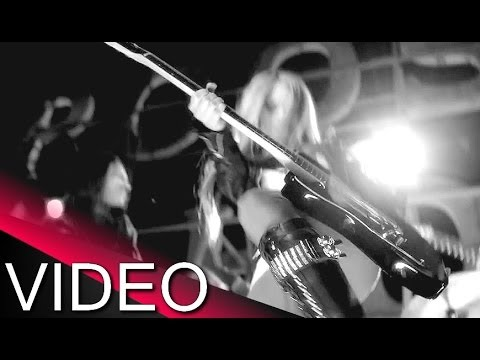 Download Avril Lavigne - Rock N Roll ★ (Official Music fan Video)