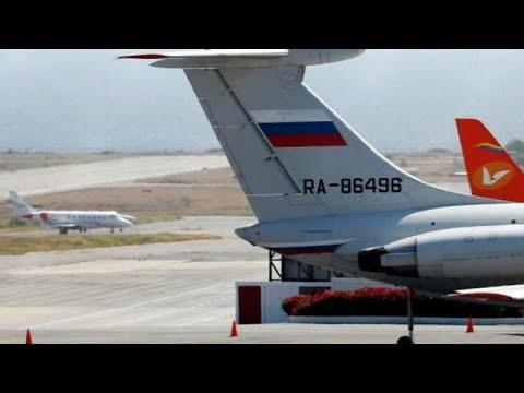 Llegan aviones rusos a Venezuela. El gobierno de Vladimir Putin no ha comentado el hecho