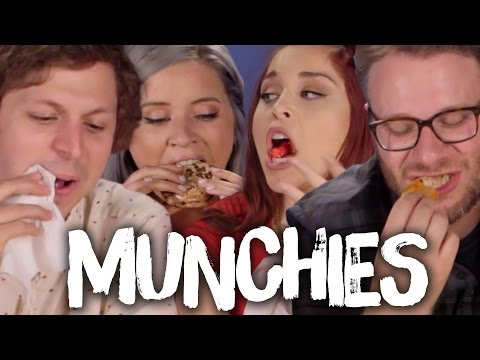 LATE NIGHT MUNCHIES w/ SETH ROGEN & MICHAEL CERA (Cheat Day)