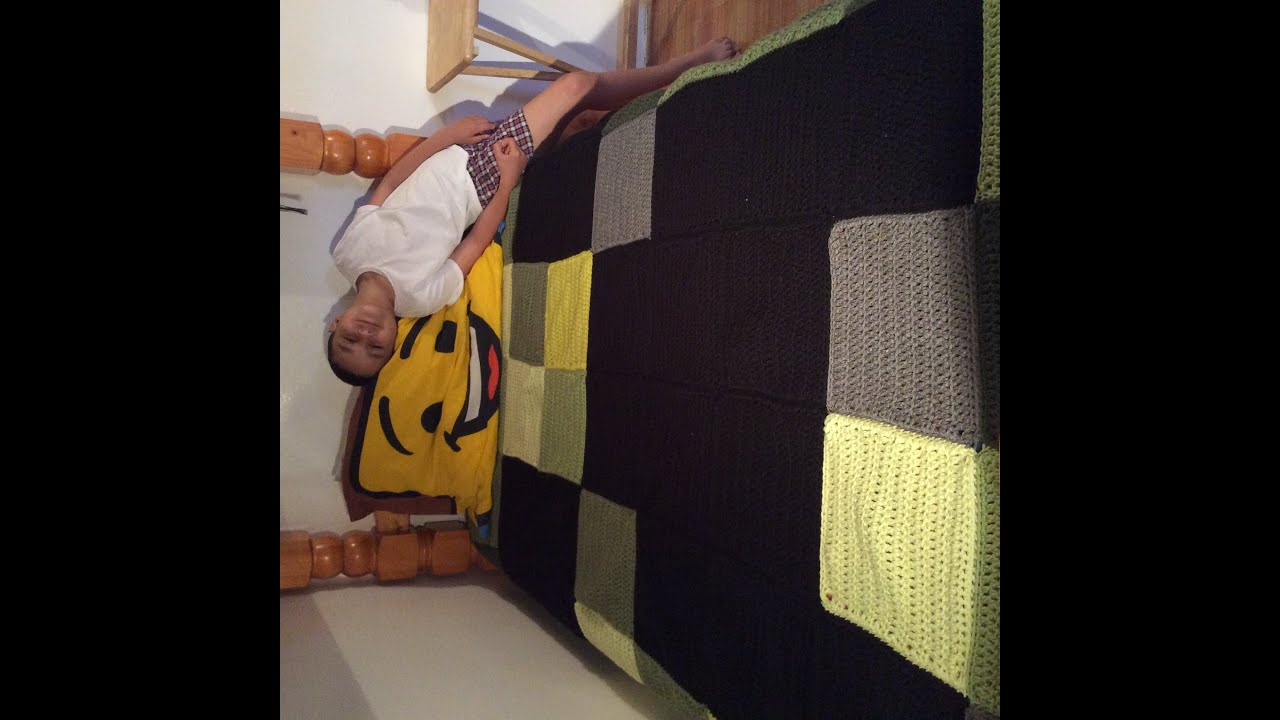 Crochet Minecraft Creeper Blanket Tutorial - hookingisalifestyle
