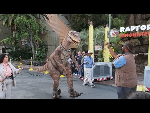 UNIVERSAL STUDIOS HOLLYWOOD | Part One | Raptor Encounter &